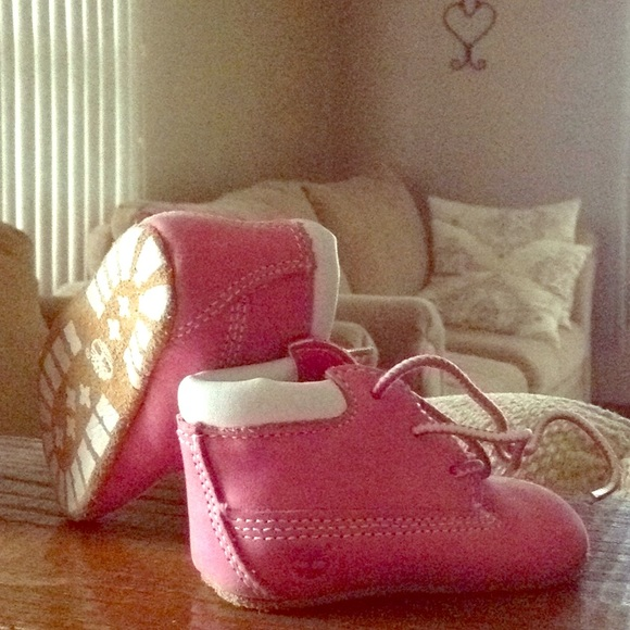 Timberland Other - 🌺NWOT Pink Infant Timberland Booties🌺
